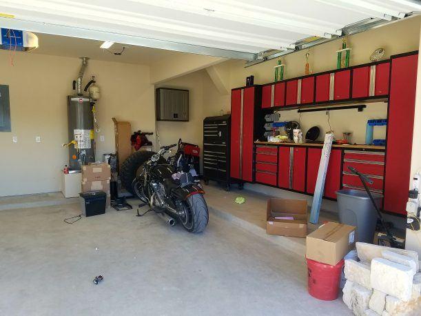 White Garage Floor Coating Polyurea