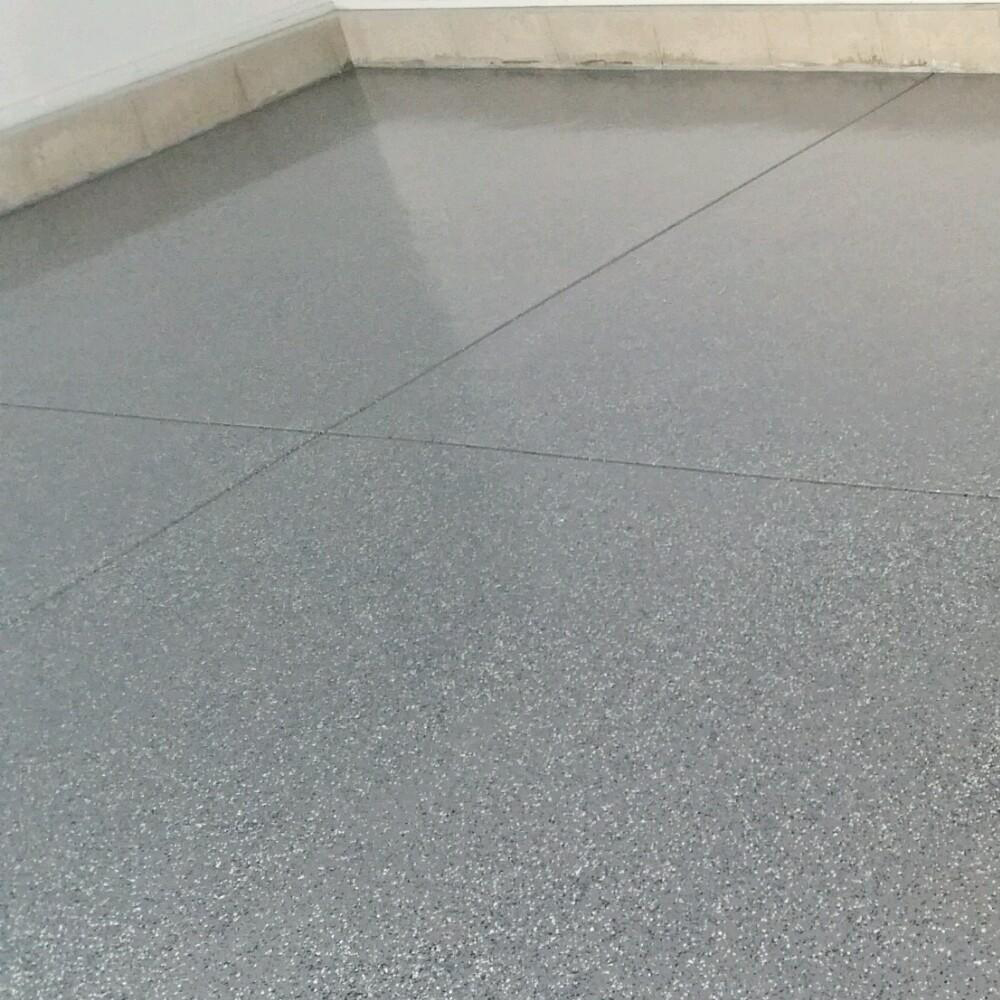 Garage: B-310 Flake Gray & Clear