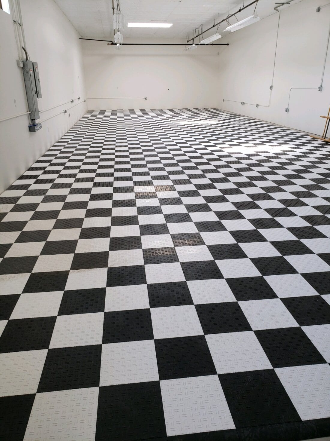 Checkerboard Diamond Pattern Tiles
