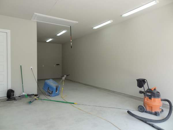 Kyle's Garage Floor Epoxy Review & Photos
