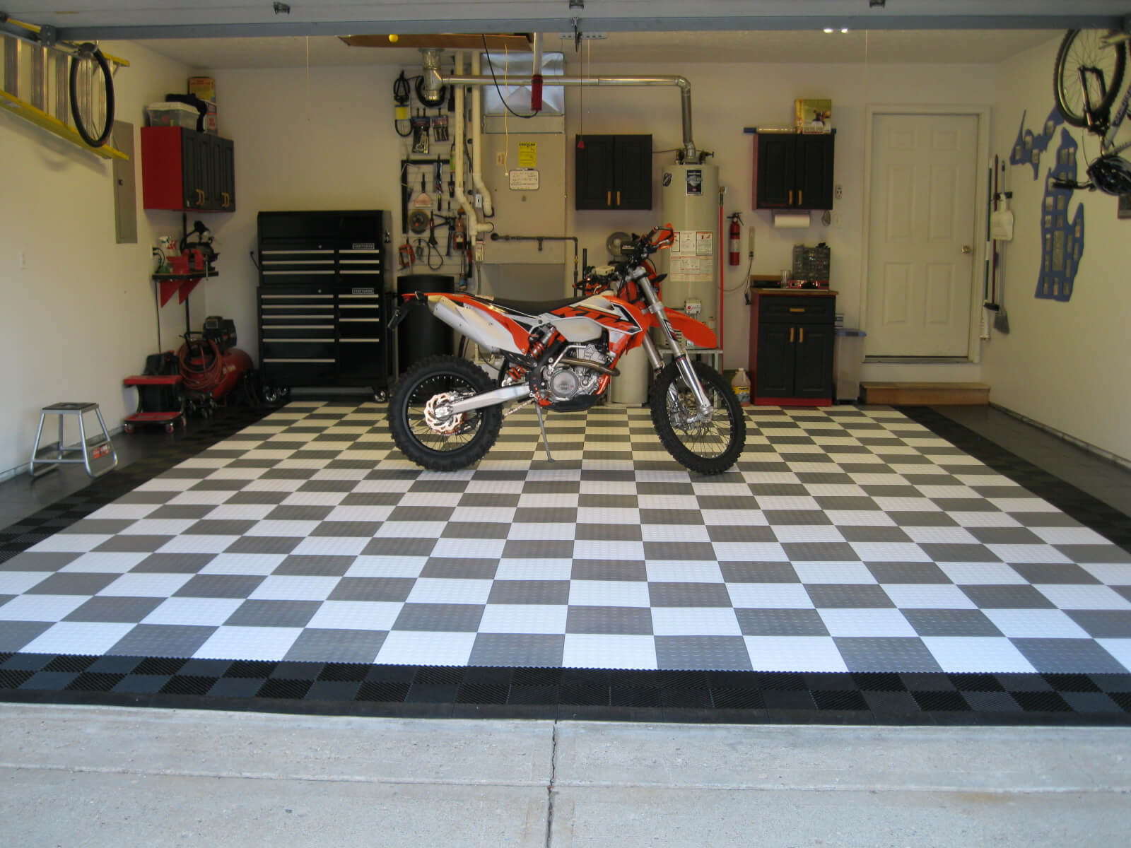 superwup com floors diverting futuristic floor jesanet garage ideas drain