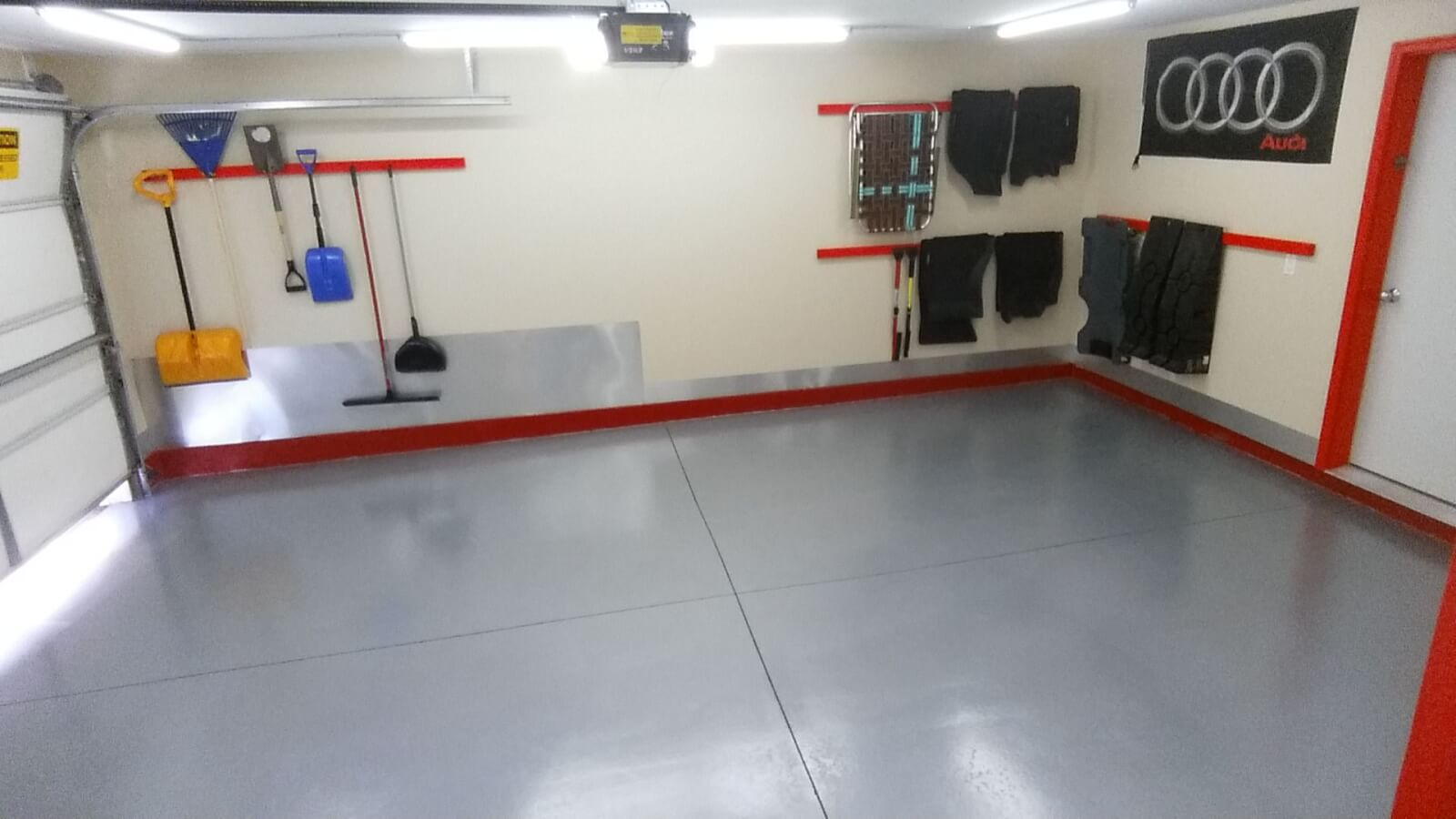 Garage flooring ideas from for Floor to the floor