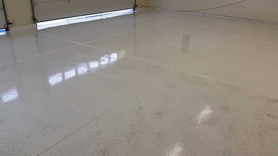 Rust Bullet White Garage Floor Coating With Flake And Clear