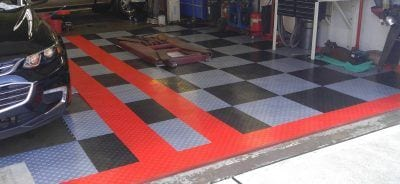 Garage Floor Tiles -- Black and Silver with Red Border