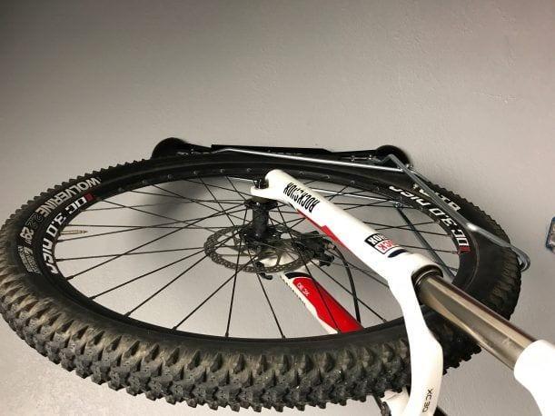 "2.2"" tires on steadyrack"